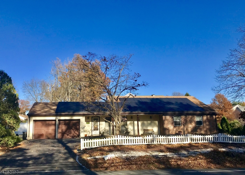 Single Family Home for Rent at 241 Lamberts Mill Road Westfield, New Jersey 07090 United States