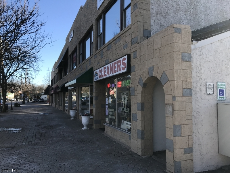 단독 가정 주택 용 임대 에 5 W Main St, Apt 2 Denville, 뉴저지 07834 미국