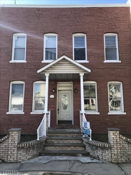 Mehrfamilienhaus für Verkauf beim 30 W 16th Street 30 W 16th Street Bayonne, New Jersey 07002 Vereinigte Staaten