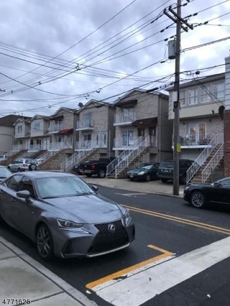 Многосемейный дом для того Продажа на 6721 Jackson Street Guttenberg, Нью-Джерси 07093 Соединенные Штаты