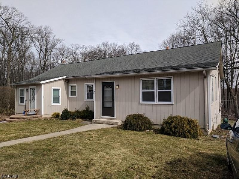 多戶家庭房屋 為 出售 在 189 A&B Morris Turnpike 189 A&B Morris Turnpike Randolph, 新澤西州 07869 美國