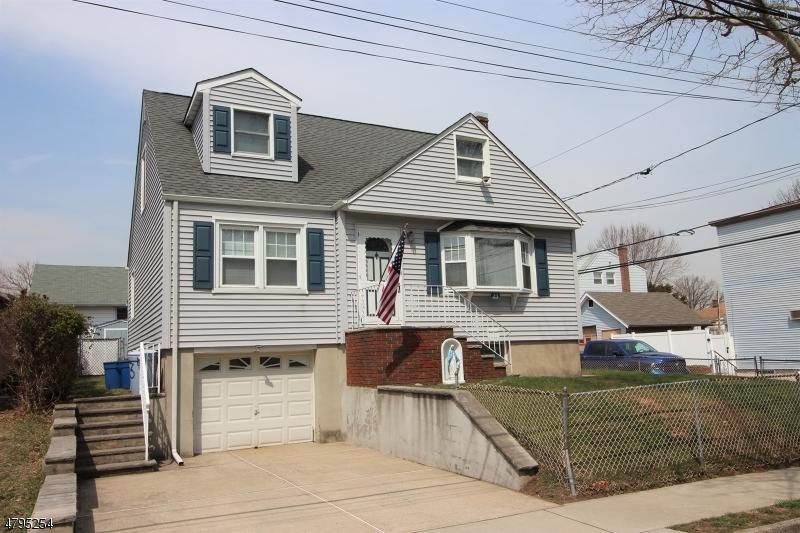 独户住宅 为 销售 在 23 Gold Street North Arlington, 新泽西州 07031 美国