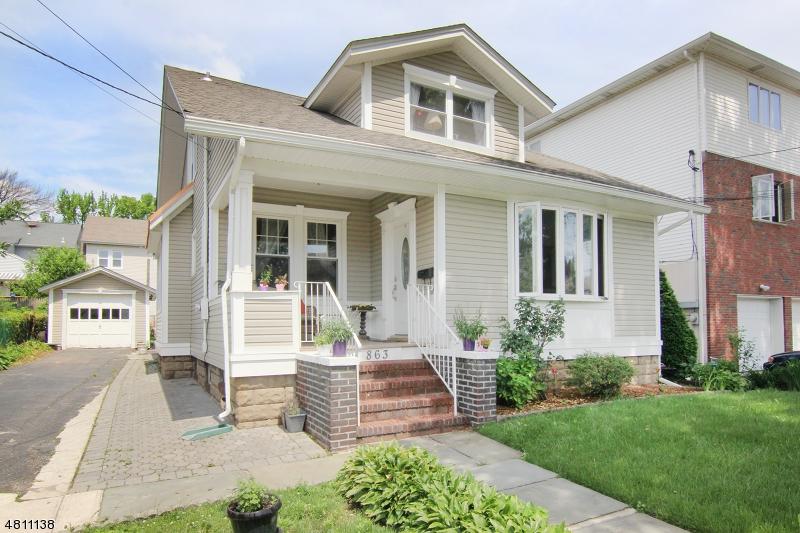 Casa Unifamiliar por un Venta en 861 DEVON Street Kearny, Nueva Jersey 07032 Estados Unidos