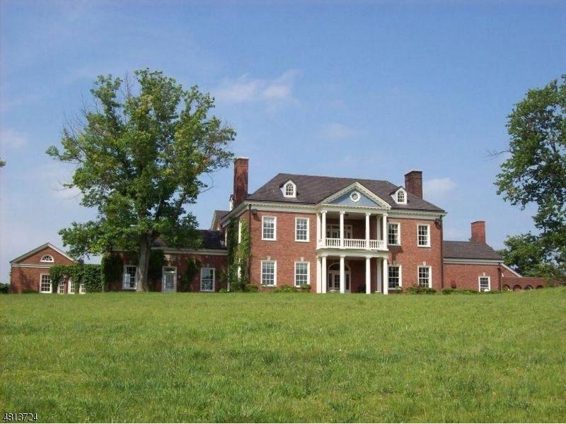 Maison unifamiliale pour l Vente à 355 Rattlesnake Bridge Road Bedminster, New Jersey 07921 États-Unis