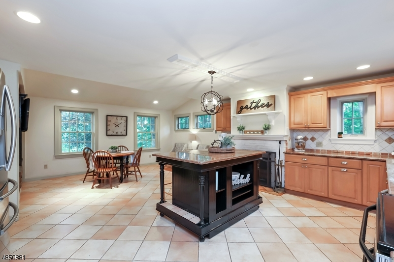 Additional photo for property listing at 23 LOCUST LN 23 LOCUST LN Saddle River, New Jersey 07458 United States