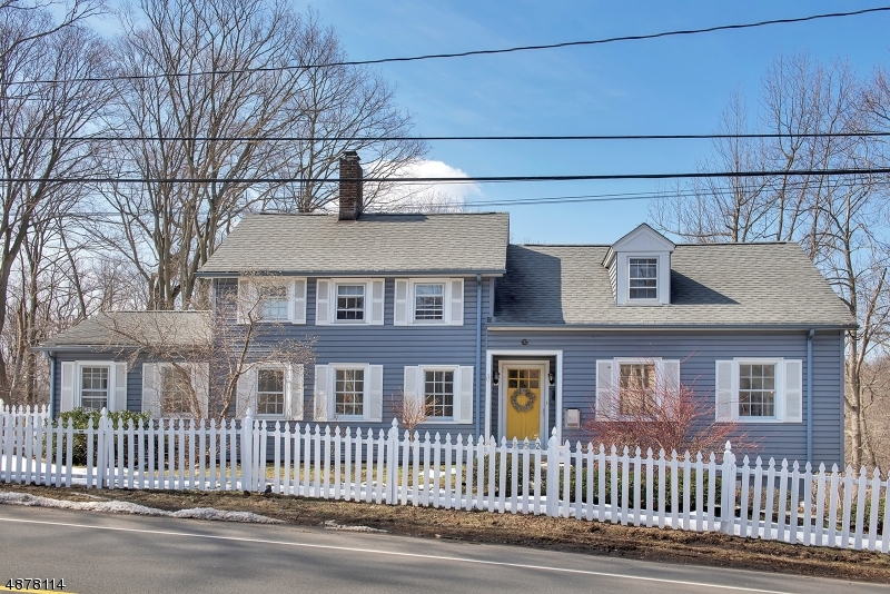 Single Family Home for Sale at 152 PASSAIC AVE 152 PASSAIC AVE Summit, New Jersey 07901 United States