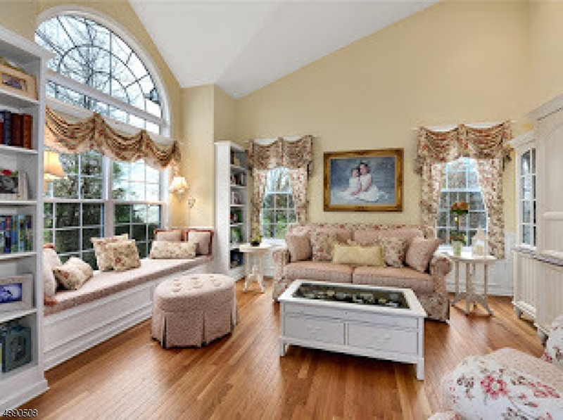 Additional photo for property listing at  Holland Township, New Jersey 08848 Stati Uniti