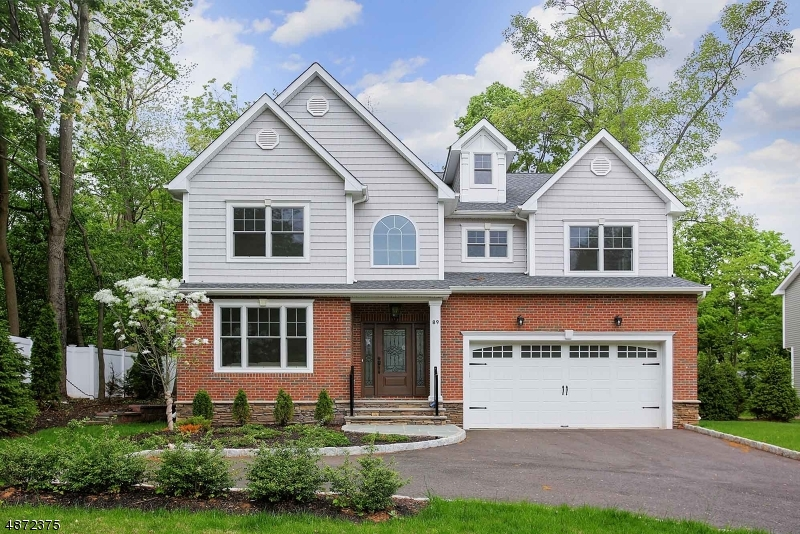 Single Family Home for Sale at New Providence, New Jersey 07974 United States