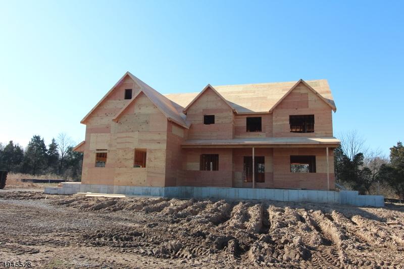 Single Family Homes pour l Vente à Kingwood, New Jersey 08822 États-Unis