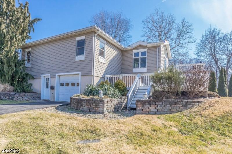 Single Family Homes per Vendita alle ore Lopatcong, New Jersey 08886 Stati Uniti