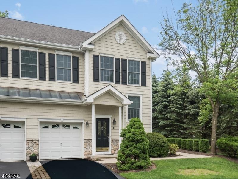 公寓 / 联排别墅 为 销售 在 旧塔潘, 新泽西州 07675 美国