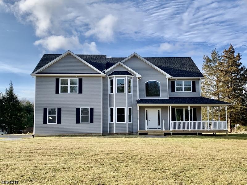 Single Family Homes para Venda às Sparta, Nova Jersey 07871 Estados Unidos