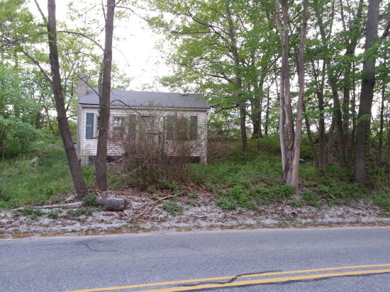 Additional photo for property listing at 579 Warwick Tpke  Hewitt, New Jersey 07421 États-Unis