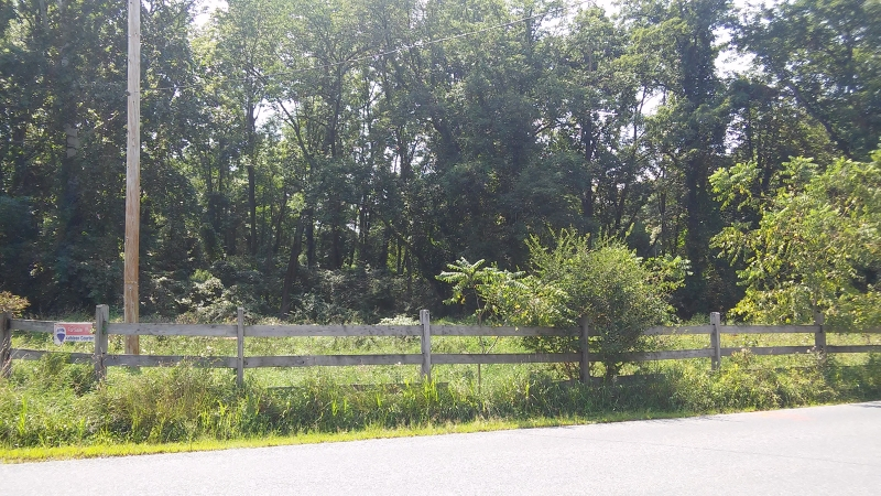 Additional photo for property listing at 437 Penwell Road  Lebanon, New Jersey 07865 États-Unis