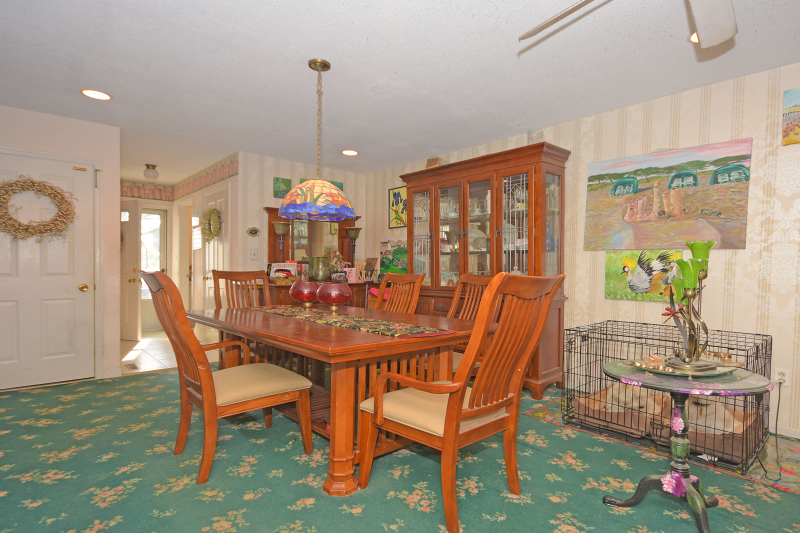 Additional photo for property listing at 2 Iron Forge Vlg S  Pompton Lakes, New Jersey 07442 United States