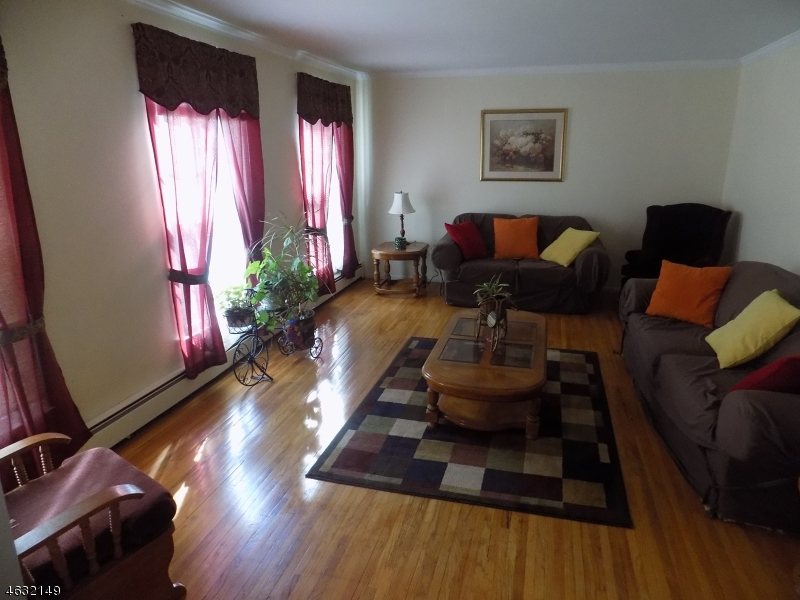 Additional photo for property listing at 15 Beechnut Drive  Long Valley, New Jersey 07853 États-Unis