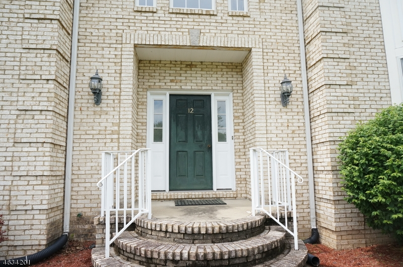 Additional photo for property listing at 12 BRIARWOOD Court  惠帕尼, 新泽西州 07981 美国