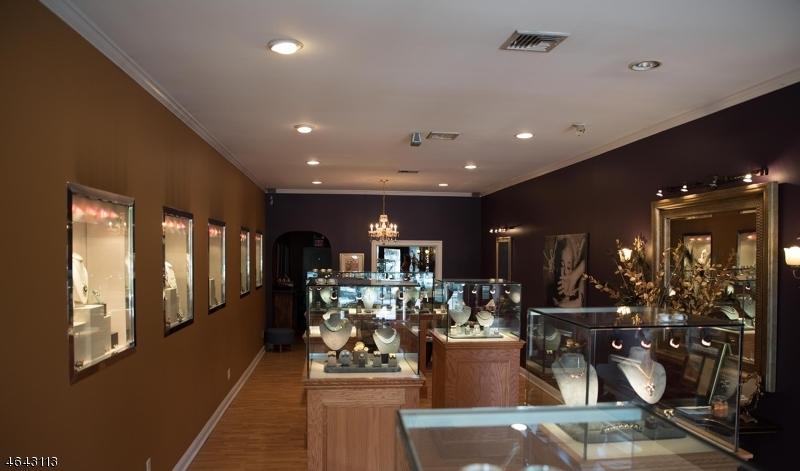Additional photo for property listing at 25-33 Godwin Avenue  Ridgewood, New Jersey 07450 United States
