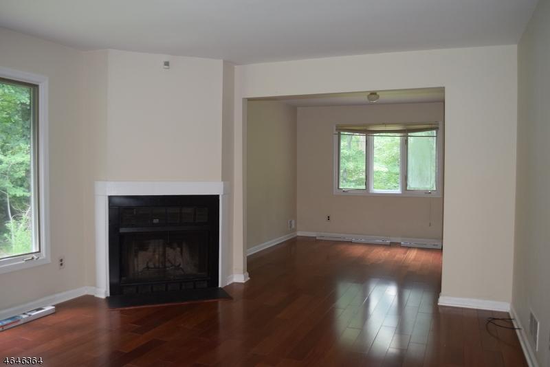 Additional photo for property listing at 63 Patriots Road  Morris Plains, Нью-Джерси 07950 Соединенные Штаты