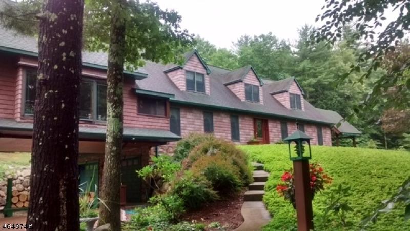 Частный односемейный дом для того Продажа на 7 Fox Run Branchville, 07826 Соединенные Штаты