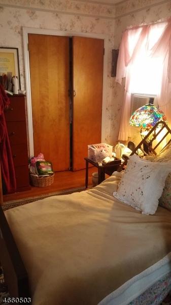 Additional photo for property listing at 29 Moore Ter  West Orange, Nueva Jersey 07052 Estados Unidos