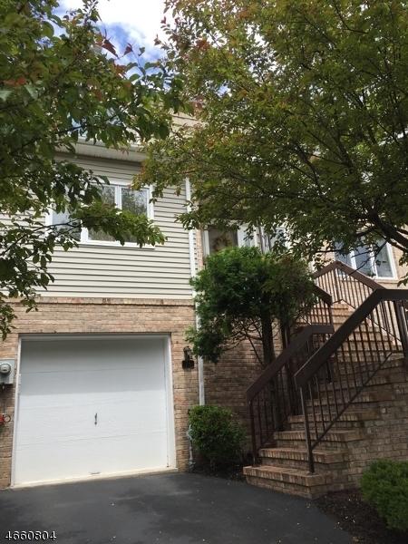 Частный односемейный дом для того Аренда на 76 Averell Drive Morris Plains, 07950 Соединенные Штаты