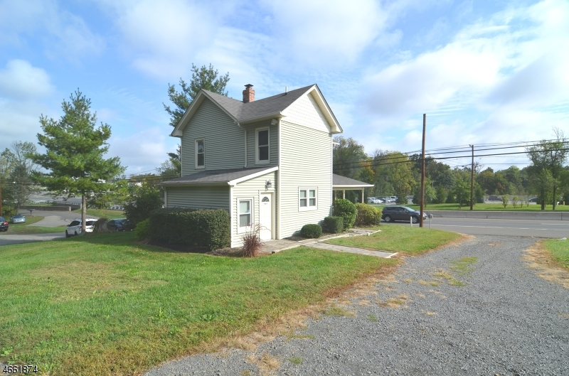 Additional photo for property listing at 151 HIGHWAY 202/31 SOUTH  Raritan, Nueva Jersey 08551 Estados Unidos