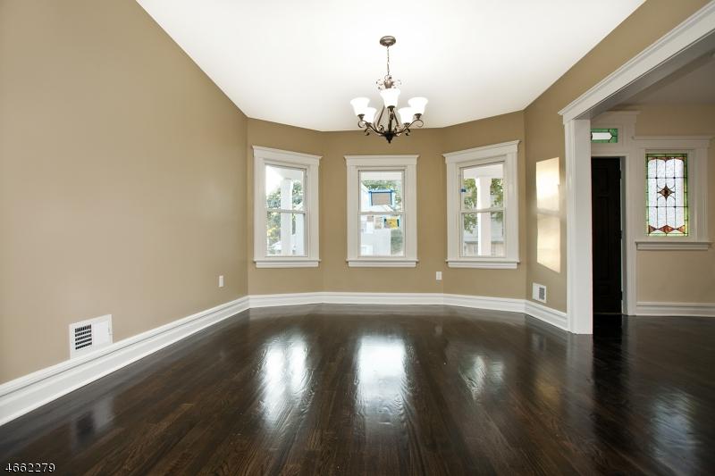 Additional photo for property listing at 188 Brighton Avenue  East Orange, Nueva Jersey 07017 Estados Unidos