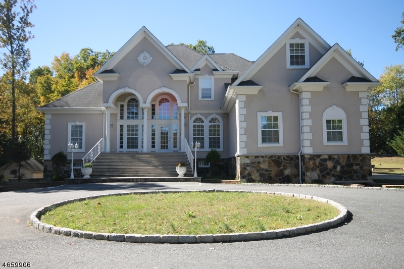 Single Family Home for Sale at 156 Cork Hill Road Franklin, New Jersey 07416 United States