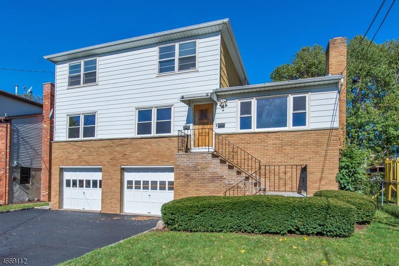 多户住宅 为 销售 在 14 Division Street 布鲁姆菲尔德, 07003 美国