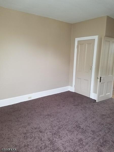 Casa Unifamiliar por un Alquiler en 99 S MAIN ST 2ND FL Phillipsburg, Nueva Jersey 08865 Estados Unidos