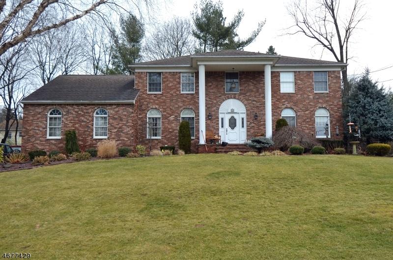 Частный односемейный дом для того Аренда на 442 Elbert Street Ramsey, Нью-Джерси 07446 Соединенные Штаты