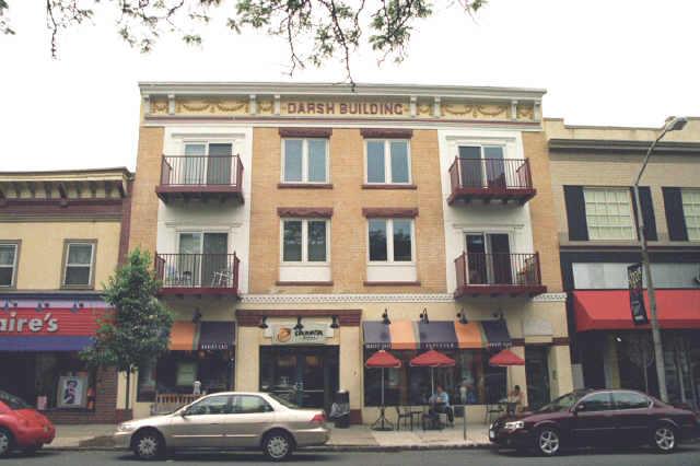 Частный односемейный дом для того Аренда на 143 E Broad Street Westfield, Нью-Джерси 07090 Соединенные Штаты