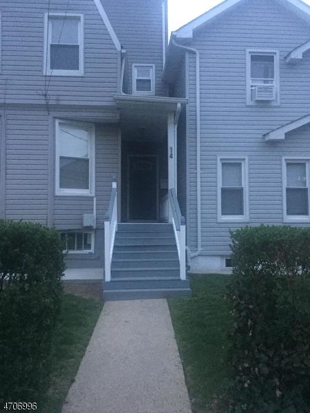 Частный односемейный дом для того Аренда на 14 Sharon Avenue Irvington, Нью-Джерси 07111 Соединенные Штаты
