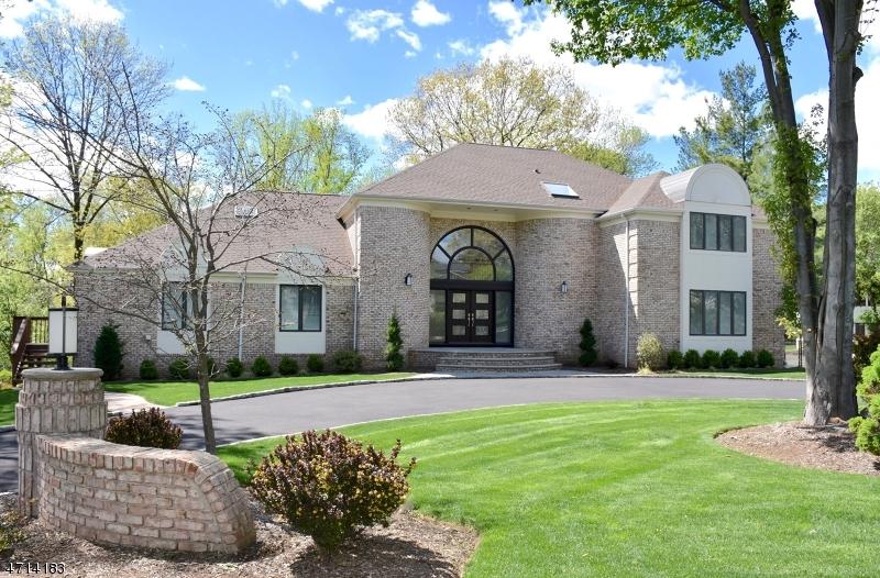 Частный односемейный дом для того Продажа на 5 Highview Court Montville, 07045 Соединенные Штаты