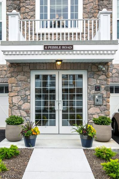 Частный односемейный дом для того Продажа на 6 Pebble Rd, C1 Woodland Park, 07424 Соединенные Штаты