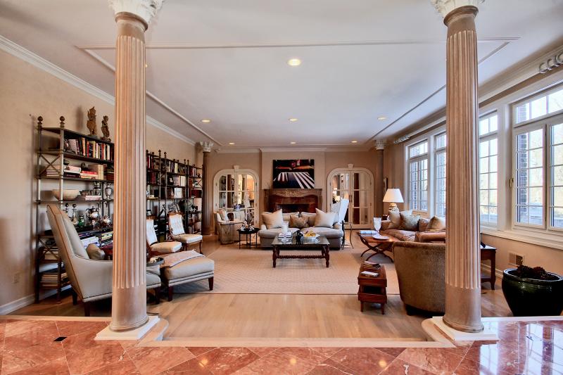 Частный односемейный дом для того Продажа на 46 Morgan Drive Morristown, 07960 Соединенные Штаты