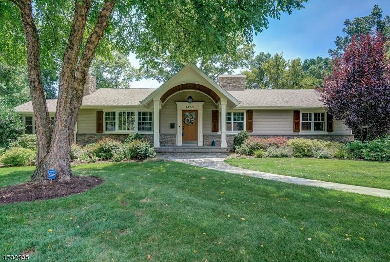 Casa Unifamiliar por un Venta en 1483 Barton Drive Mountainside, Nueva Jersey 07092 Estados Unidos