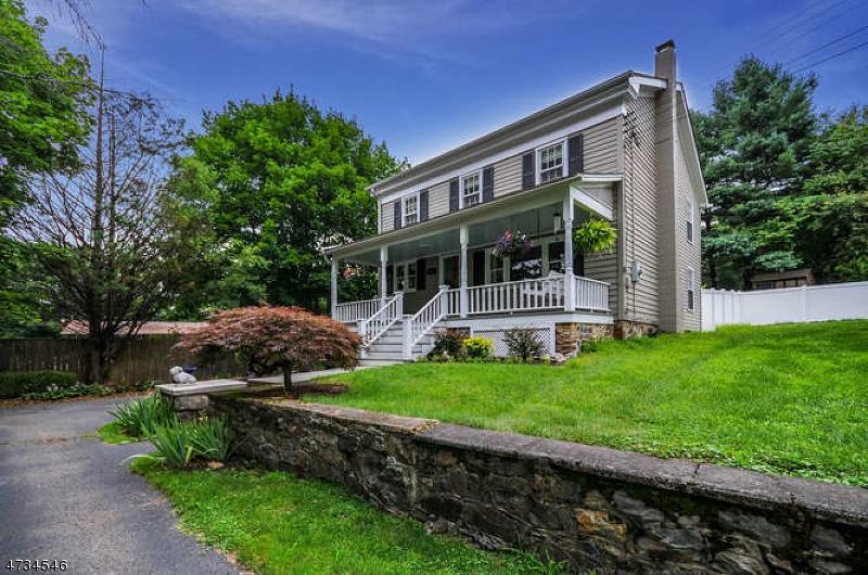 独户住宅 为 销售 在 112 Philhower Avenue Califon, 新泽西州 07830 美国