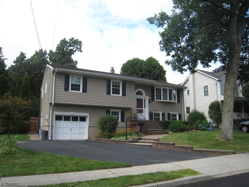 独户住宅 为 出租 在 41 Lincoln Place Waldwick, 新泽西州 07463 美国