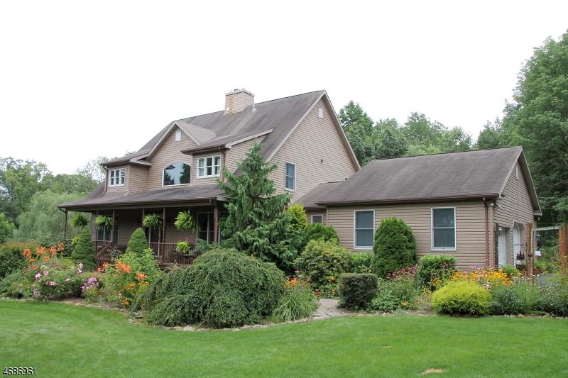Частный односемейный дом для того Продажа на 420 BUCKHORN Drive White Township, 07823 Соединенные Штаты
