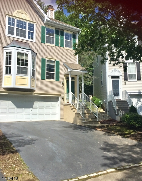 Single Family Home for Rent at 74 Whimble Court Wayne, New Jersey 07470 United States