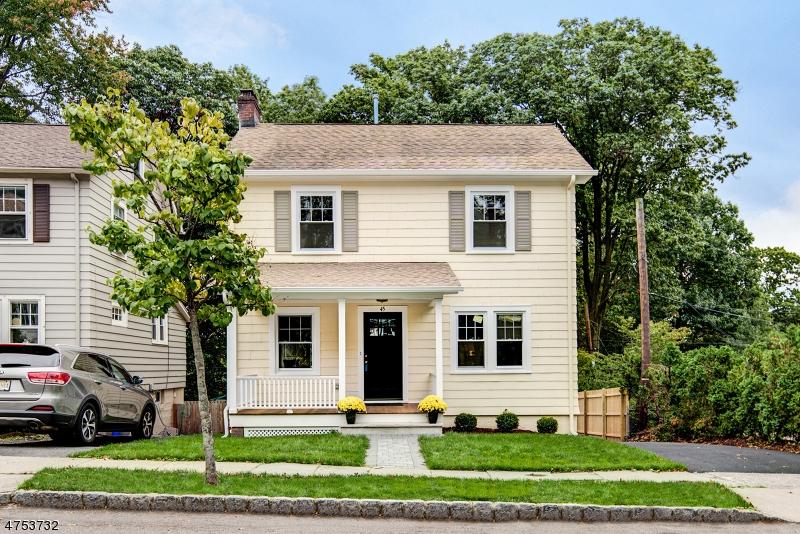 Maison unifamiliale pour l Vente à 45 High Street Glen Ridge, New Jersey 07028 États-Unis
