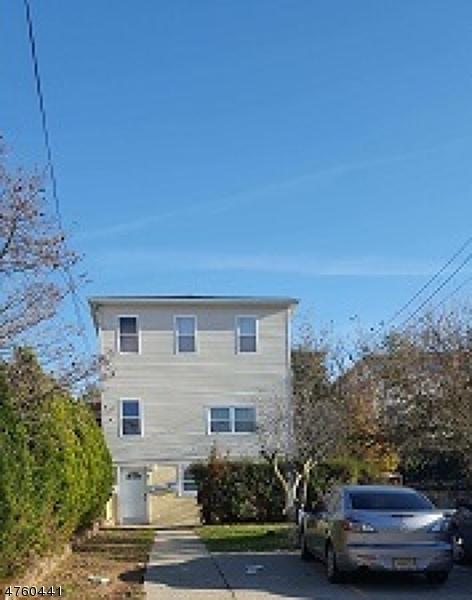 Многосемейный дом для того Продажа на Address Not Available Garfield, Нью-Джерси 07026 Соединенные Штаты