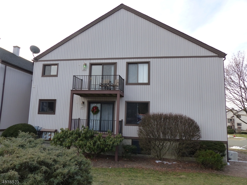 Condo / Townhouse for Sale at Stanhope, New Jersey 07874 United States