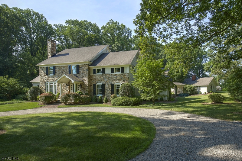 Single Family Home for Sale at 122-3 MENDHAM Road 122-3 MENDHAM Road Bernardsville, New Jersey 07924 United States