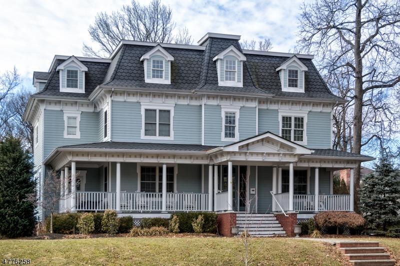 独户住宅 为 销售 在 755 Prospect Street 韦斯特菲尔德, 新泽西州 07090 美国