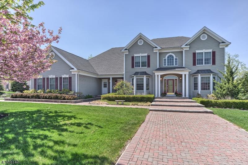 Частный односемейный дом для того Продажа на 103 Finch Road Ringwood, Нью-Джерси 07456 Соединенные Штаты