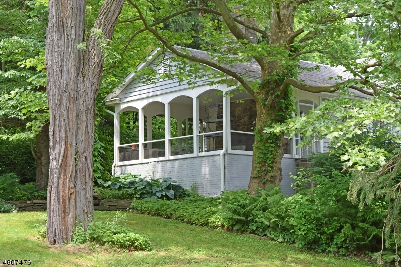 Maison unifamiliale pour l Vente à 131 Mount Hermon Road Blairstown, New Jersey 07825 États-Unis