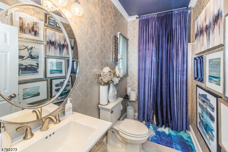 Additional photo for property listing at 93 HORSENECK Road  Fairfield, Nueva Jersey 07004 Estados Unidos